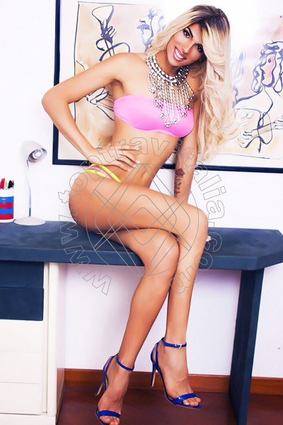 Isabelly Lins MILANO 3891970933