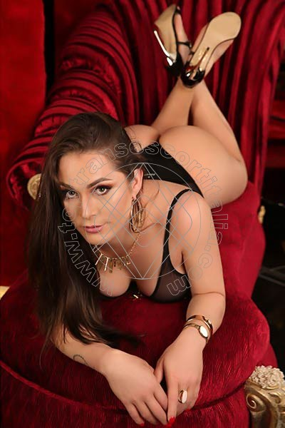 Michelle Martinelly BERGAMO 3273947093