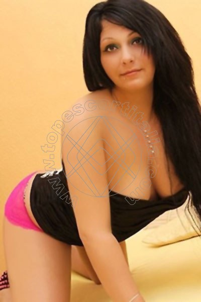 Natalya R�SSELSHEIM AM MAIN 004915219476160