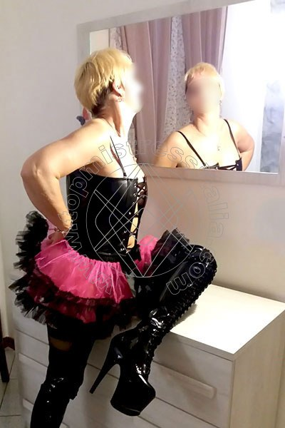 Mistress Roberta FIRENZE 3664247781